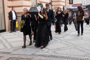 pohreb 2